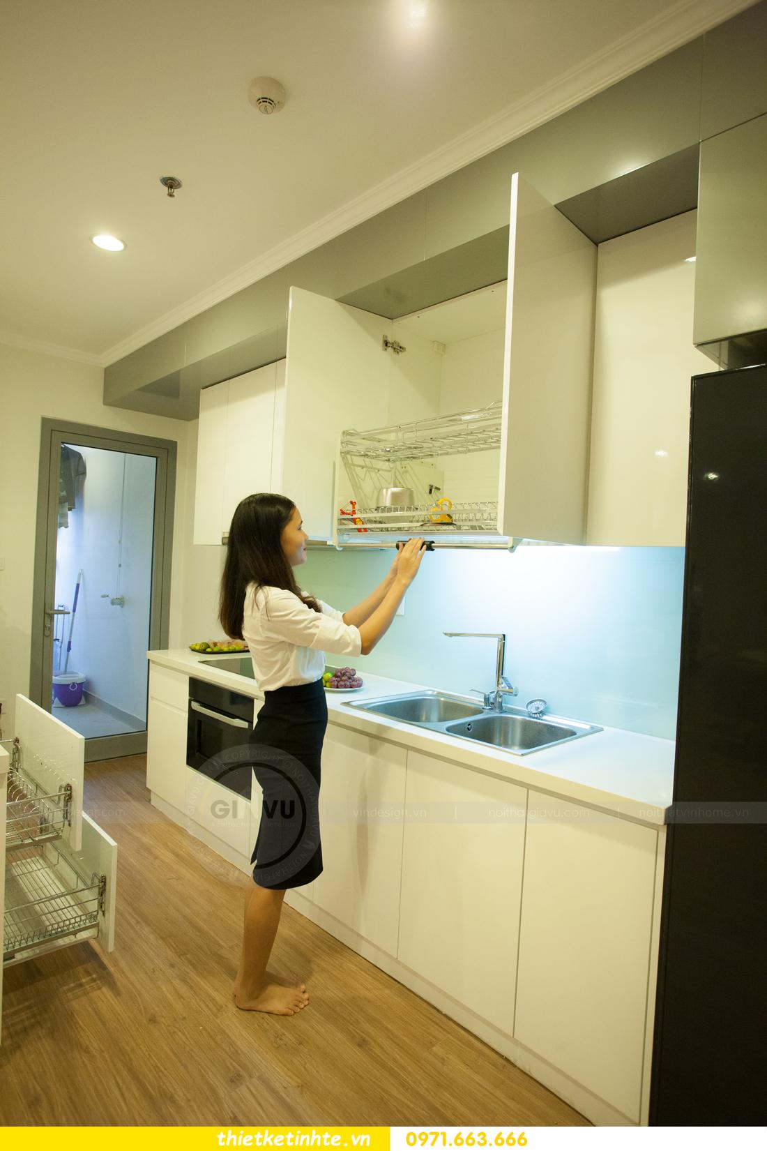 mẫu thiết kế nhà bếp chung cư đẹp, sang trọng, tiện nghi 14